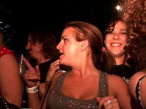 SpringBreakLife De Vídeo: Até A Saia Dançando No Bar, Porn