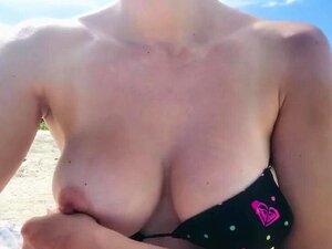 A Piscar Uma Mama Na Praia. Assista A Piscar Uma Besteira Na Praia E Período;com&vírgula, O Mais Hardcore Porn Site E Período; é O Lar Para A Mais Ampla Seleção De Livre Buceta Videos De Sexo Completo Das Melhores Pornstars&período; Se're Desejo De P Porn