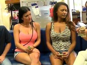 Se Desejos Sexuais Satisfeitos Antes Da Câmera. Aqui Você Deseja Obter Uma Resposta Para A Pergunta Que Mulheres Bonitas Ao Lado Estão Prontos Para Fazer Por Dinheiro, Que Eles São Oferecidos. Porn