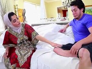 Nadia Ali Paki Pornstar Babe, Foda-se, Chupa-o, Arranca-o, Caga-o, Mas Não Te Escondas. A Estrela Porno Paquistanesa, Nadia Ali, Mostra-te O Caminho Para O Paraíso! Porn