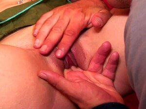 Guy Fode As Irmãs Melhor Amiga. Depois De Uma Grande Performance De Boquete, Sua Buceta Vai Ficar Shagged Em Várias Posições Porn