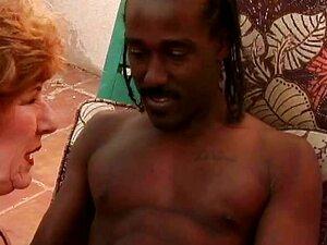 Velha Senhora Bateu Por Garanhão Do Caribe Porn