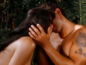 A Clássica Estrela Porno Asiática é Uma Porcaria E Fode, Este Vídeo Erótico Apresenta O Clássico Porno Babe Asia Carrera A Ter Uma Pila Grande E Dura, E Podes Ver Porque é Que Ela é Uma Estrela Tão Popular - Ela Sabe Mesmo Como Trabalhar Com Essa Pila!  E Porn