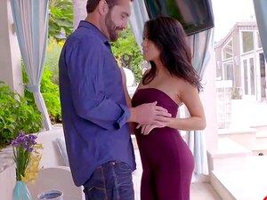 Megan Chuva Pequena Miss Cheater Porn