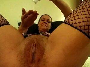 Lil Mama Dp'N-se Com Um Vibrador E Treinador Anal, Porn