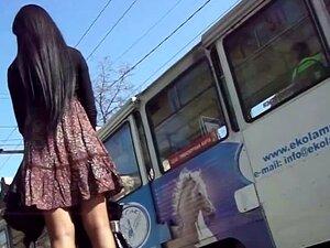 """Vídeo De """"voyeur"""" Upskirt De Uma Gaja Estimulante Porn"""