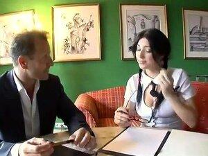 A Stacy Está A Pedir Ajuda à Professora. Ela Quer Fazer Sexo Com Um Homem Experiente., Porn
