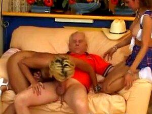 Alex Milano E Catalina Arriscar E Paragem Na Casa De Maxs Para Porn