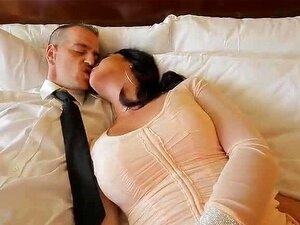 Hot Trans Babe Chanel Leva Uma Sova Porn