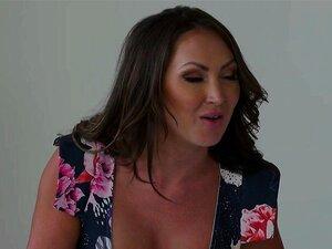 Madrasta Busty A Bater Uma Num Trio Tabu Porn
