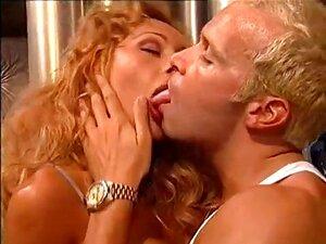 Milf-anal Italiano Porn