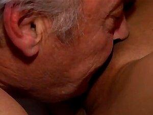 Garota Garota Primeiro Sexo Boquete Tube Bruce Um Porn