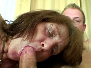 Ele Leva A Velha Mãe Da Esposa Porn