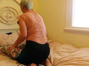 Bobbie Cabelos Curta, Dedilhado Sua Boceta Peluda Porn