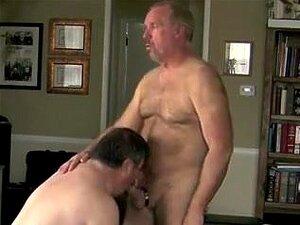 Ronnie E Amigo Chupando E Fodendo. Meu Amigo Queria Fazer Um Vídeo De Nós Nu E Fazendo Sexo De Homem. Porn