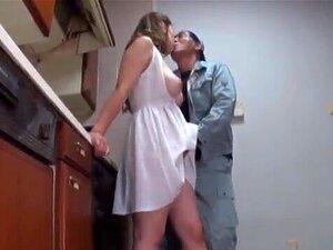 Atraente E Peituda Babe Lamentações No Prazer Do Sexo Como Que Fica Parafusado Hardco Porn