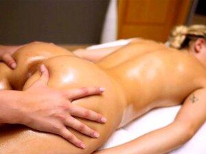 Salas De Massagem Sophia Grace E Stacy Cruz Encharcadas Em óleo Porn