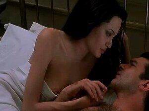Celebridade Angelina Jolie Nua E Ter Sexo Seios Grandes Porn
