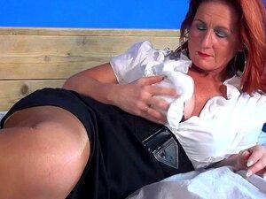 """""""Sexy"""" Velha Mãe Faminta Por Uma Boa Foda Porn"""