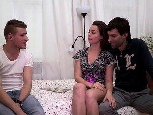 Corno Assiste Seu Parafuso De Mulher Porn