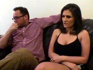 Mamas Grandes Fodem-se E Lambem-se. Austin Kincaid Não é O Tipo De Rapariga Que Gosta De Esperar. Quando Ela Chega A Uma Fila Em Uma Audição, Ela Decide Fazer O Melhor De Seu Tempo, Mostrando Suas Mamas Grandes Para O Cara Ao Lado Dela. Uma Vez Que Ele Te Porn