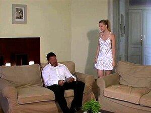 O Cara Pegou O Sogro Fode A Namorada Adolescente. Porn
