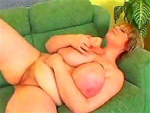 Mulher Madura Peituda é Fodida Por Um Grande Galo Negro Porn