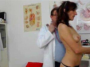 Cougar Regis Leva Uma Penetração Chocante Porn