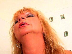 Vovó, Anseia Por Um Intenso Orgasmo Porn