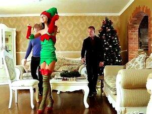 Gina Gerson é DP No Natal Porn