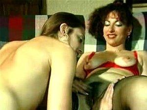 Uma Criadinha Portuguesa 3 Porn