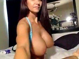 Estou A Brincar Com Brinquedos Sexuais Num Vídeo Caseiro Da Webcams, O Meu Vídeo Caseiro Com Mamas Grandes Mostra-me A Ficar Excitado A Brincar Com Brinquedos Sexuais Na Câmara Da Web. Porn
