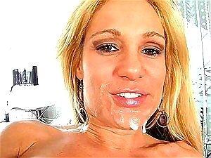 Milf Loira Tyler Faith Quer O Cara Para Gozar Na Sua Língua Porn