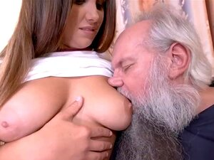Adolescente Lambido Pela Velha Porn