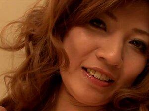 Japão HD Se Masturbando Japonesa Teen Geme, Misaki Aiba é Um Jovem Japonês E Ela Gosta De Jogar Sujo. Ela Retira Lentamente E Assume Um Par De Vibradores Para Satisfazer Seu Bichano Peludo Molhado E Esperma. Porn