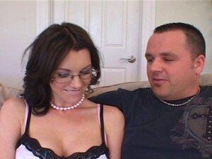 A Mulher Tem Fome De Outros Homens. A Mulher Fará Qualquer Coisa Pelo Marido, Mas Ficou Chocado Quando Lhe Pediram Para Retribuir O Favor...ela Adora Esperma De Outro Homem! Porn