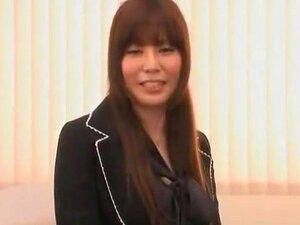 Miúda Japonesa Excitada Karen Natsuhara Em Um Broche Incrível, Cena Do Secretário JAV Porn