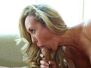 Puremature-Busty Madure Brandi Love Leva Com A Sua Rata Envelhecida Espancada Porn