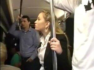 Milf Excitado Tocou Num Orgasmo Múltiplo No Autocarro - Pt2 On Porn