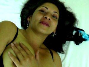 Querida Mãe Latina Madura Com Buracos Com Fome Porn