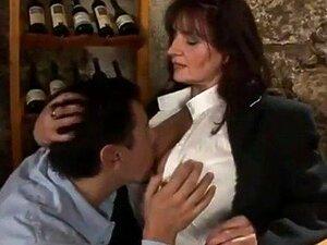 Fodendo No Restaurante Porn