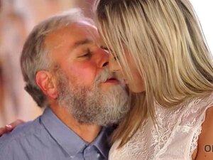 OLD4K. Professor E Aluno De Meia-idade Ter Um Bom Tempo Em Sua Casa Porn