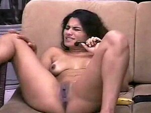 Webcam Girl Masterbates 2. Meninas Da Webcam Brasileira Masterbates 2 Porn