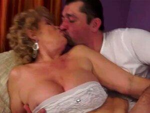 Kinky Granny Fucks De Pau Duro Porn