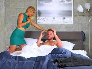 As Mães Fazem Sexo A Três Com O Lucky Guy Porn