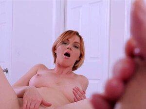 Horny Marie Mccray Se Masturba Com Enteado. Horny MILF Marie Mccray Pegou Seu Enteado Enquanto Se Masturbava Em Seu Quarto Ela Decidiu Se Juntar A Ele E Começar A Brincar Com Sua Buceta Molhada Enquanto Assistia Seu Enorme Galo Ela Acabou Chupando Seu Pau Porn