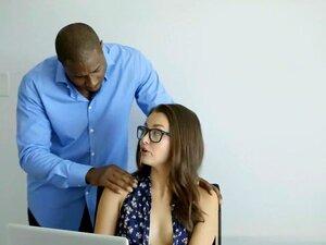 Batota GF Allie Haze Adora Sexo Anal Interracial, Porn
