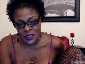 A Velha Amante De Ebony Laveaux Com Uma Rata Gorda E Peluda Porn
