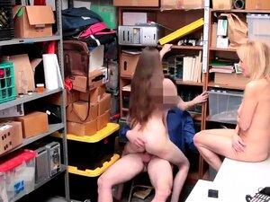 Pego Espiando No Vizinho Quente Suspeitos Avó Foi Porn