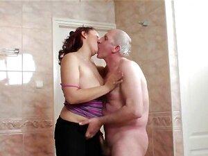 O Avô Excitado Adora Fazer Sexo Com A Parte 1 Gira. Porn
